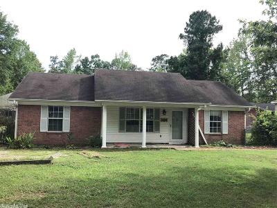 Saline County, Hot Spring County Single Family Home New Listing: 1109 Pine Street
