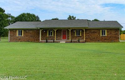 Cabot AR Single Family Home Price Change: $295,000
