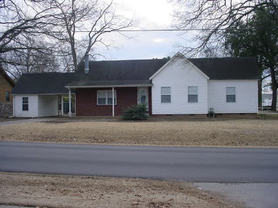 Stuttgart AR Single Family Home Sale Pending: $105,000