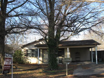 Stuttgart Single Family Home For Sale: 1306 S Vine St
