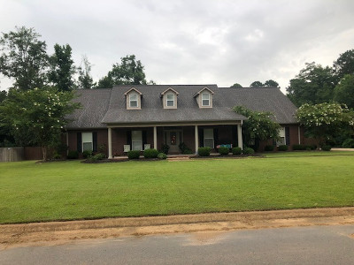 Single Family Home For Sale: 128 DEER CROSSING DR