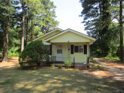 Magnolia Single Family Home For Sale: 508 S Dogwood Waldo