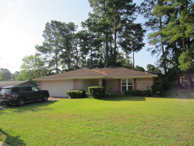Magnolia Single Family Home For Sale: 1403 Apache
