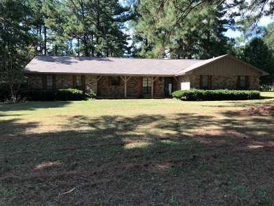 Magnolia Single Family Home For Sale: 71 Sassafras