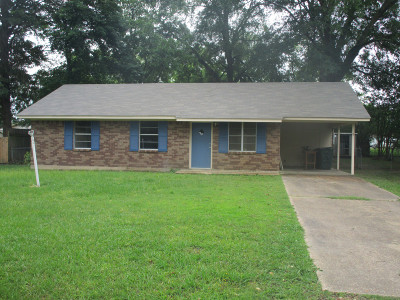 Magnolia AR Single Family Home For Sale: $117,500