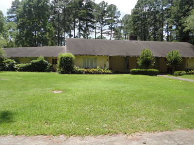 Magnolia Single Family Home For Sale: 813 PARTEE