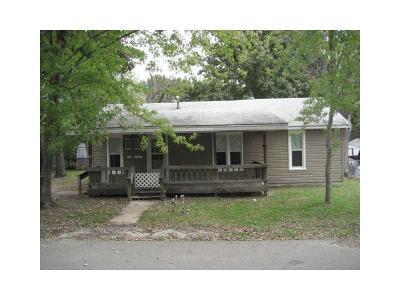 Sallisaw OK Single Family Home For Sale: $46,500
