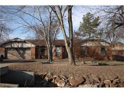 Greenwood Single Family Home For Sale: 234 E Lincoln ST