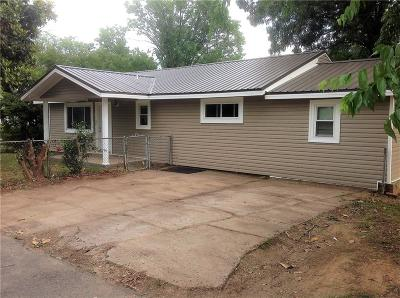 Muldrow Single Family Home For Sale: 504 SW 8th ST