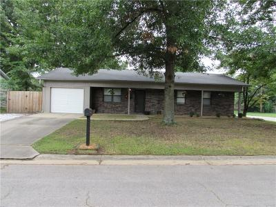 Greenwood Single Family Home For Sale: 1011 Brentwood DR