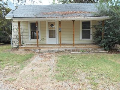 Van Buren Single Family Home For Sale: 818 N 25th ST