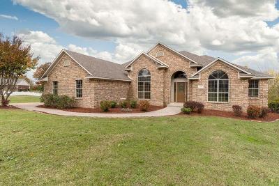 Van Buren Single Family Home For Sale: 706 Jenny Wren