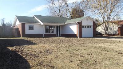 Greenwood Single Family Home For Sale: 1811 Whippoorwill DR