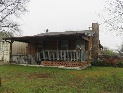 Sallisaw Single Family Home For Sale: 215 S CEDAR