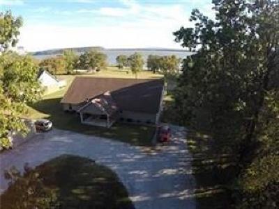 Sallisaw OK Single Family Home For Sale: $180,000
