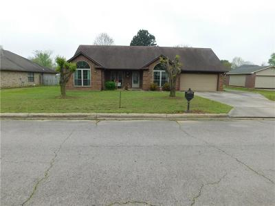 Greenwood Single Family Home For Sale: 913 Crooked Creek RD