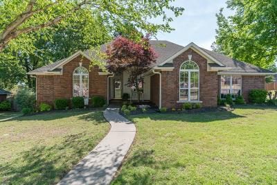 Greenwood Single Family Home For Sale: 790 Eastern Hills DR