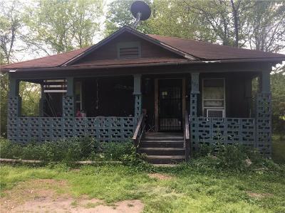 Van Buren Single Family Home For Sale: 407 N 23rd ST