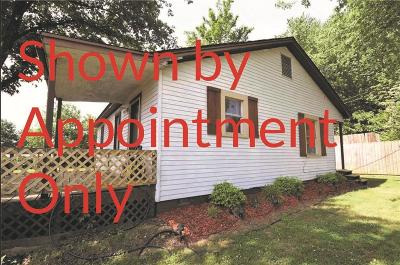 Greenwood Single Family Home For Sale: 407 W Henry ST