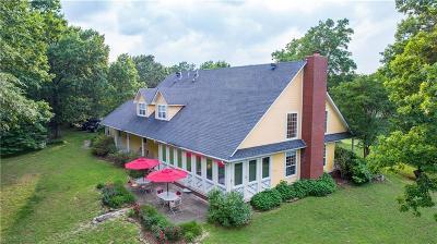 Van Buren Single Family Home For Sale: 6400 S Lakewood DR