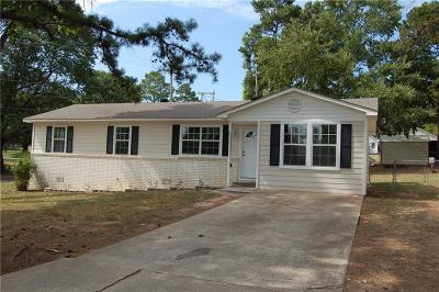Van Buren AR Single Family Home For Sale: $95,000
