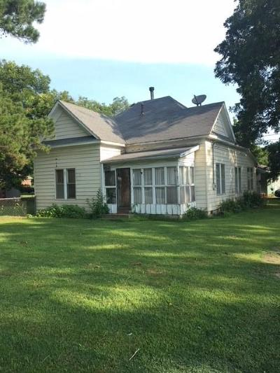 Spiro OK Single Family Home For Sale: $42,000
