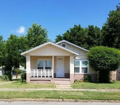 Fort Smith Single Family Home For Sale: 2203 N 10th ST
