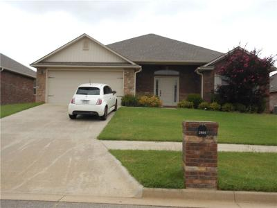 Barling Single Family Home For Sale: 2004 Yukon DR