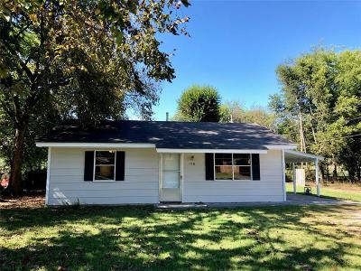 Poteau OK Single Family Home For Sale: $49,900