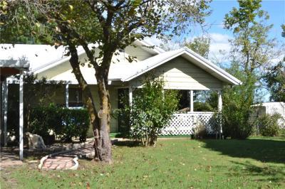 Cameron Single Family Home For Sale: 15859 Burrell Street