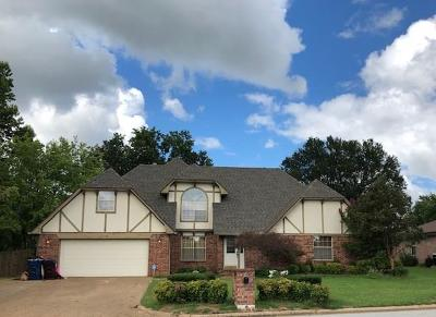 Fort Smith Single Family Home For Sale: 2701 Royal Scots WY