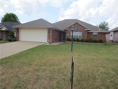 Fort Smith Single Family Home For Sale: 8707 Gracie LN