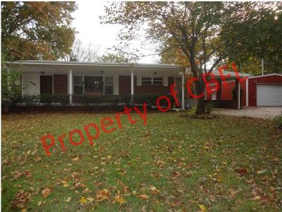 Sallisaw OK Single Family Home For Sale: $154,000