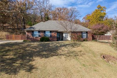 Roland OK Single Family Home For Sale: $180,000