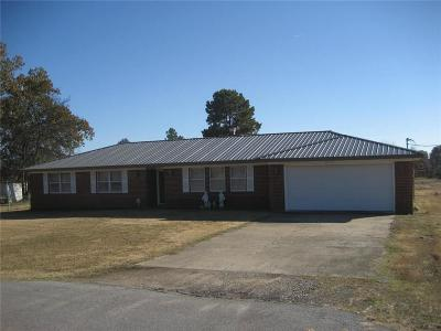 Muldrow OK Single Family Home For Sale: $105,000