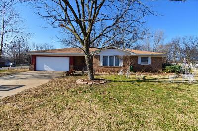 Sallisaw Single Family Home For Sale: 115 N Maple ST