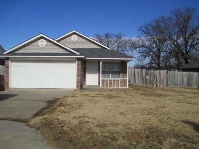Van Buren Single Family Home For Sale: 3717 Kingsberry DR