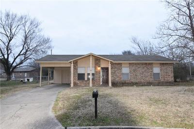 Greenwood Single Family Home For Sale: 105 Blackfoot CIR