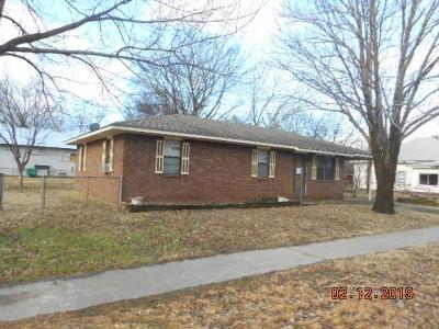 Poteau Single Family Home For Auction: 406 Sage AVE