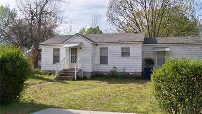 Fort Smith Single Family Home For Auction: 2104 Knoxville ST