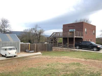 Poteau Single Family Home For Sale: 208 Blaylock