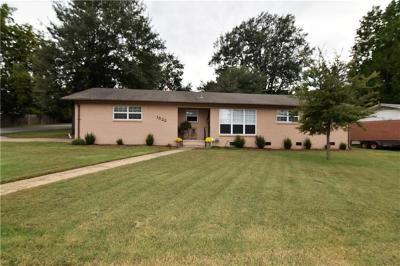 Fort Smith AR Single Family Home For Sale: $120,000
