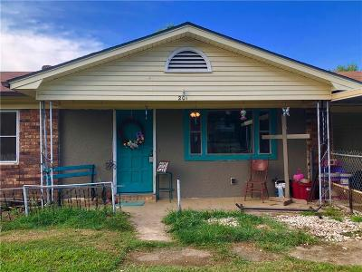 Muldrow Single Family Home For Sale: 201 NE 6th ST