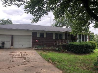 Van Buren AR Single Family Home For Auction: $1