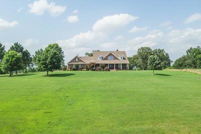 Lavaca Single Family Home For Sale: 5200 Sue Lane