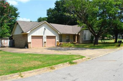 Fort Smith AR Single Family Home For Sale: $144,900