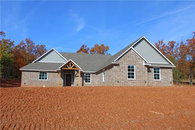 Poteau Single Family Home For Sale: 34400 Berryfrost Lane