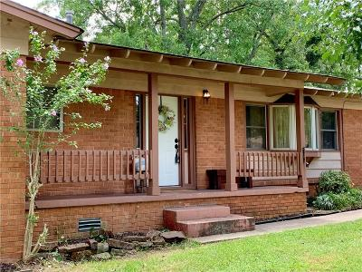 Fort Smith AR Single Family Home For Sale: $142,000