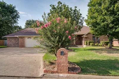Van Buren Single Family Home For Sale: 1817 Bunker Hill Drive