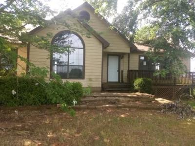 Muldrow OK Single Family Home For Sale: $42,600